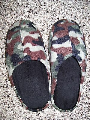 Men's Camo Memory Foam Slippers Size XL  *Preowned- but never worn