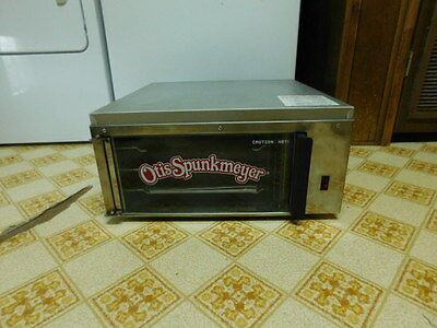 Otis Spunkmeyer OS-1 Commercial Convection Cookie Oven Warmer with 2 Trays