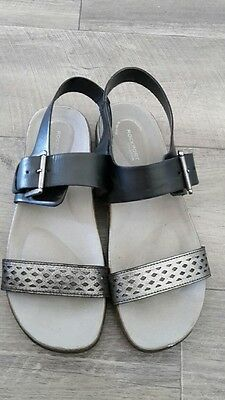 Rockport Ladies Black & Silver Leather  Slip On  Sandals Size 41 (10)
