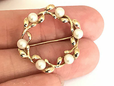 9ct Gold Cultured Paerl Brooch