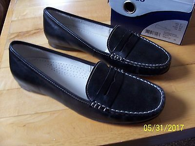 NWOT Women's SEBAGO Hanover Classic Black Leather Penny Loafers Size 9M