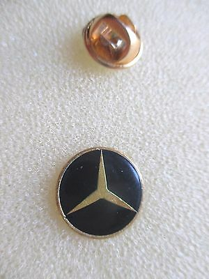 collection pins voiture logo Mercedes