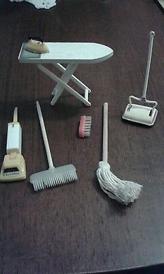 Vintage dolls house  kitchen accessories - mixed lot
