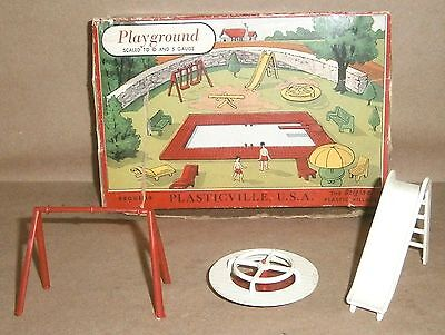 O/S Scale Plasticville 1406 Playground Pieces and Box - GUC