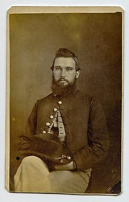 Ohio Civil War CDV Of A Bearded Yankee Soldier With His Hat On His Lap