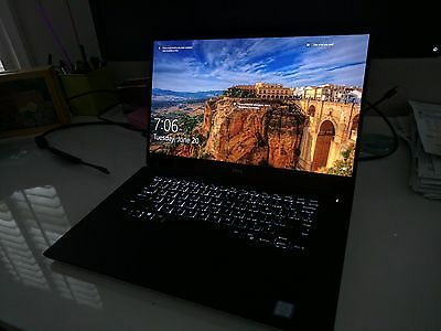 """Dell XPS 15 9560 (2017) silver, Intel Core i7 7th-gen 3.8ghz, 15.6"""" 4K display"""