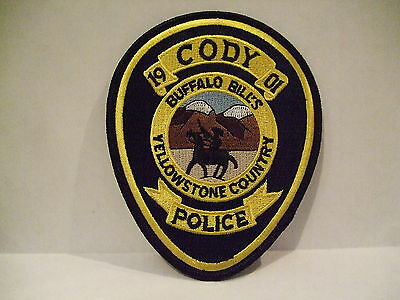 police patch  CODY POLICE BUFFALO BILLS YESSOWSTONE COUNTRY WYOMING