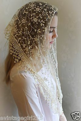 NEW Classic Mantilla Soft Ivory Embroidered Chapel Veil Triangle Free Ship