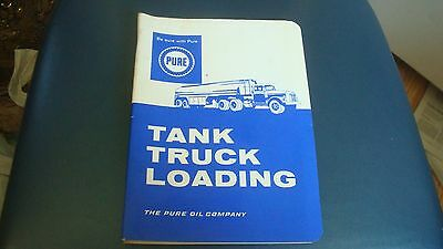 Pure Oil Company Vintage Tank Truck Loading  Booklet. Blu And White Covers. 24 P