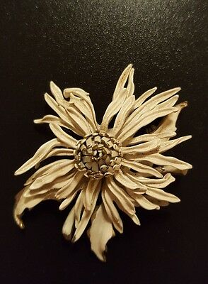Vintage Corocraft 60's pin/brooch