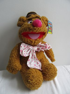 Fozzie Bear From The Muppets New With Tag Stored Condition