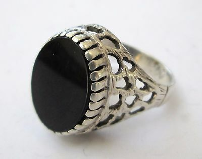 Fine quality vintage large sterling silver & onyx ring
