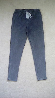 Girls grey stretch jean look jeggings age 10.new with labels