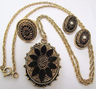 Good vintage French jet & gold metal Victorian design pendant + ring + earrings