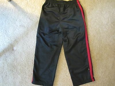 AIR JORDAN   track pants  children size 4   new with tags