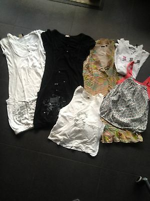 lot robes/ tee shirts/ ikks taille XS/12 ans