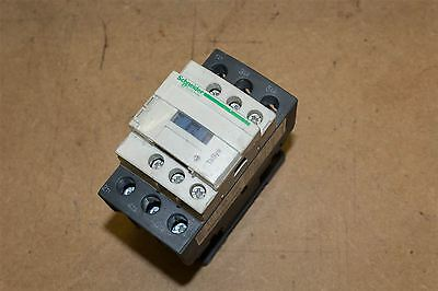 LC1D25C 3 Pole Schneider TeSys Contactor, 25 A, 32 V AC Coil