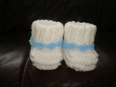 hand knitted baby booties , shoes  0- 3 months
