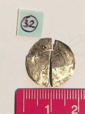 Unidentified Unresearched Medieval Hammered Silver Coin (Broken Pendant) (32)