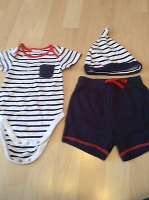 Next boys 3 piece shorts, hat & bodysuit set age 6-9 months
