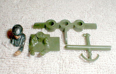 (1) Slot Car interior Driver with Body mount 1960 Vintage used 1/32nd  #Green