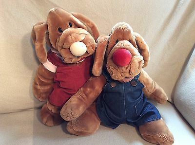 """Pair Wrinkles Dog Hand Puppets by Ganz Original Clothing 18"""" and 28"""" Plush Toy"""