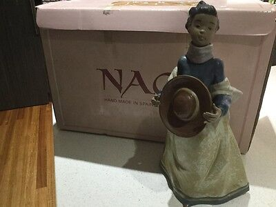 "Nao by Lladro ""Young Fall"" figurine"