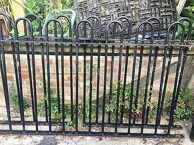 Heavy Cast Wrought Iron Hoop/Bow top railings