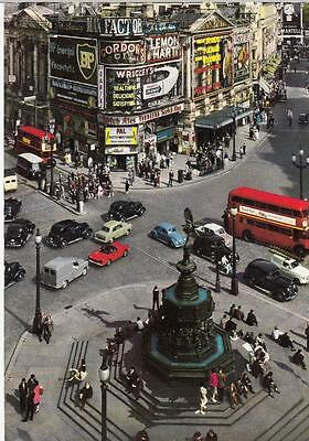 1960's COLOUR PHOTO POSTCARD - PICCADILLY CIRCUS, LONDON