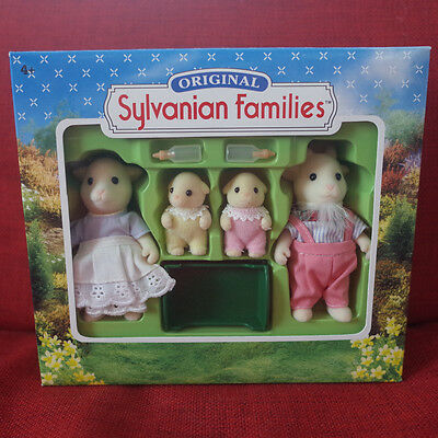 Sylvanian Families GOAT FAMILY 4067 Calico Critters