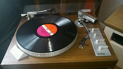 Yamaha yp 511 record deck, with b&o beocenter 4000 amd.speakers