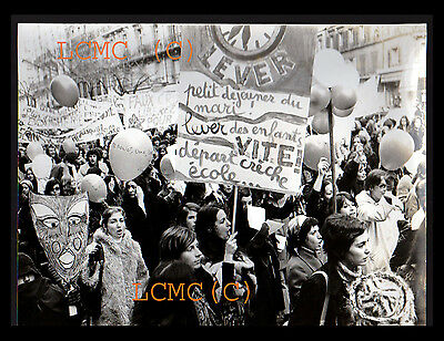 FOTOGRAFIA PHOTO VINTAGE PARIGI 71 FEMMINISMO PROTESTA ABORTO Simone de Beauvoir