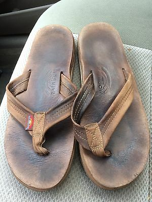 Men's very well used Rainbow brown leather flip flops sandals size small 7.5-8.5