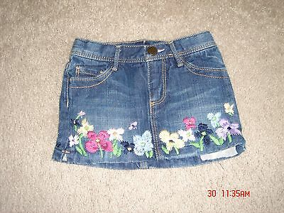 Baby Gap Toddler Girls Denim Skirt w/ Embroidered Flowers Size 2T EUC