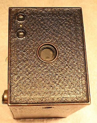 Antique  Brownie No.2 Box Camera Model F.