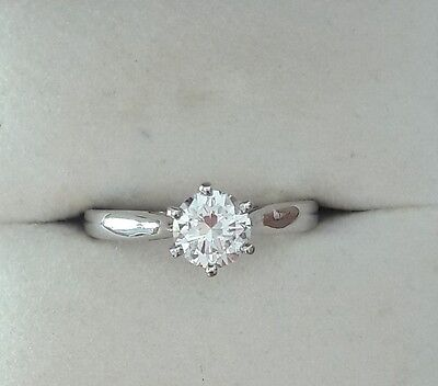 ஐღ ღஐ Bague Solitaire en Or Blanc Diamant Brillant de 0.65 carat ஐღ ღஐ