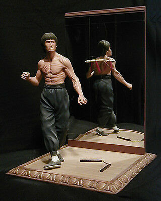 "Bruce Lee Stepping Pose Resin Model Kit 1/6 Scale 12"" Tall Unpainted Kung Fu"