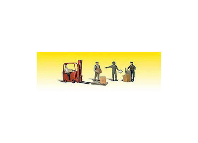 Woodland Scenics A2744 Workers with Forklift O WOOA2744