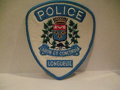 police patch  LONGUEUIL POLICE QUEBEC  CANADA  NEWER STYLE