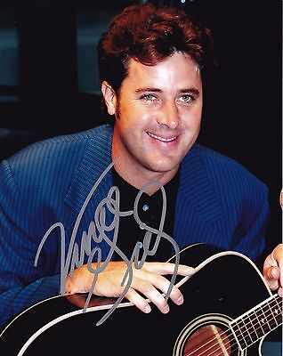 Vince Gill autographed 8x10 Free Shipping