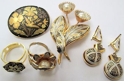 Two good vintage gold metal Damascene brooches + earrings + rings
