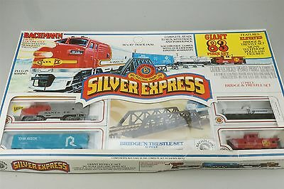 HO Scale Bachmann 00080 Silver Express Train Set ATSF Diesel Track Freight Cars