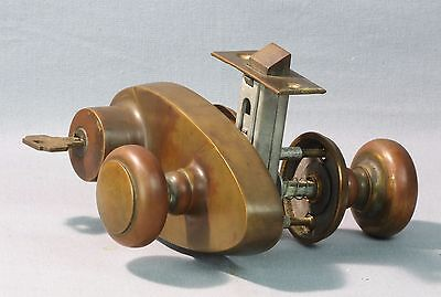 Vintage Weiser Front Passage Door Lock Bronze/Brass with key Full Assembly