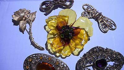 Vintage/Antique LOT - Brooches/Pins (Charel, Lucite)