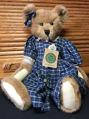 """Boyd's Bear Courtney Retired Archive Collection 16"""" Jointed Teddy Bear Collectio"""