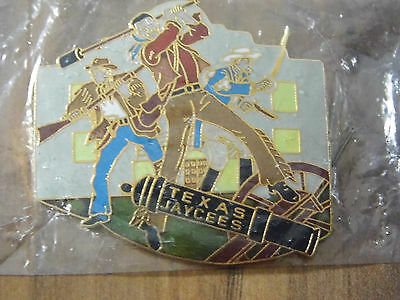 "Jaycees Collector Pin - Texas Jaycees "" Remember The Alamo "" Pin"