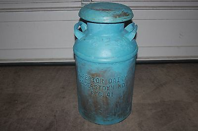 Vintage 40 qt Metal Milk Can w/ cover - Superior Dairy - Hagerstown, MD