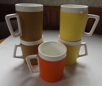 Vintage West Bend Set of 5 Colored Coffee Mugs Thermo-Serv Cups Plastic - USA