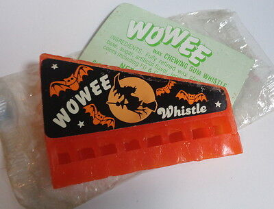 Vintage Halloween,Wowee wax gum whistle harmonica,witch Glenn Confections,Wowe-e