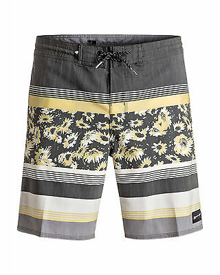 """NEW QUIKSILVER™  Mens Swell Vision 18"""" Beach Short Surf Board Shorts"""